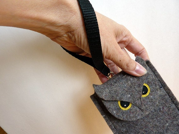 Wristlet strap for your felt gadget case (case not included)