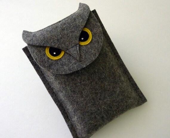 Gadget case - Owl - Gray designer felt - for Nintendo 3DS, Nintendo DS, small digital camera...