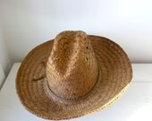 vintage 1950s straw hat. gardener and farmer hat with a wide brim, rustic and weathered / the CORN MEAL hat