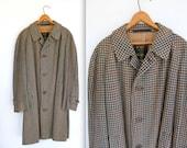 50s vintage men's tweed coat / size 41R. single breasted, raglan English Tweed / Mad Men Preppy style