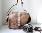 vintage 1980s camera bag. Gift for Grad or Dad. Sand and white canvas. Professional model F3X. Authentic original Domke. New old stock.