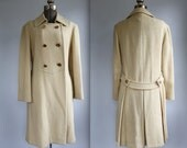 vintage 1960s wool coat with brass buttons, military mod style. Women's M