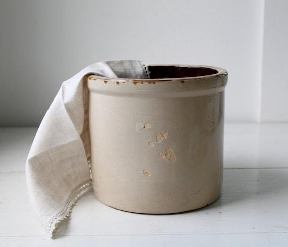 SALE vintage 1890s BUCKWHEAT BATTER crock. Antique stoneware with cream and dark ale glaze