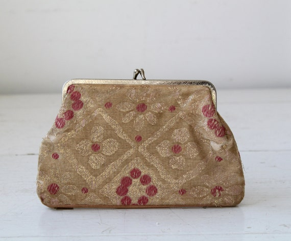 vintage 1950s brocade change purse. Gold and pink. Double compartments / the LUNCH MONEY purse