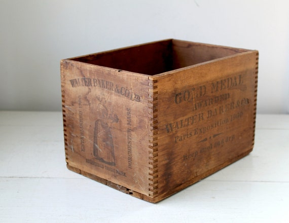 antique 1900s wood crate for Walter Baker Co. premium chocolate / rustic industrial storage