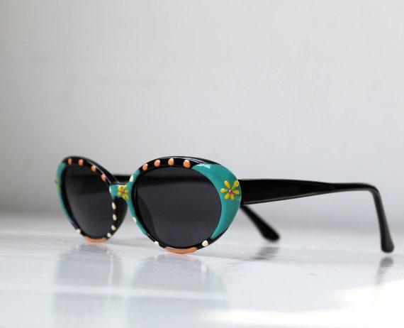 vintage 1980s suglasses. Daisies, dots in teal, lemon, melon, black. Oval catseyes / retro beach / the MY MILKSHAKE sunglasses