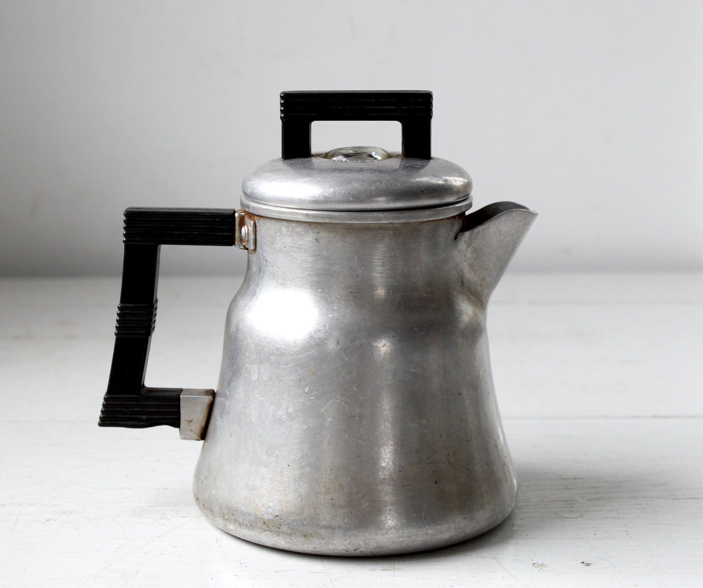 vintage Wear-ever coffee pot. 1940s Art Deco coffee maker.