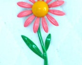 Pink Floral Daisy Pin Vintage
