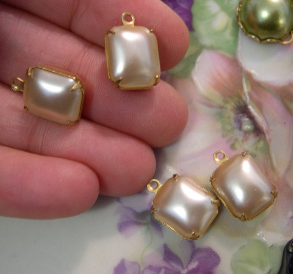 Glass Pearl Octagon Charms, 12x10mm, Vintage, (4)