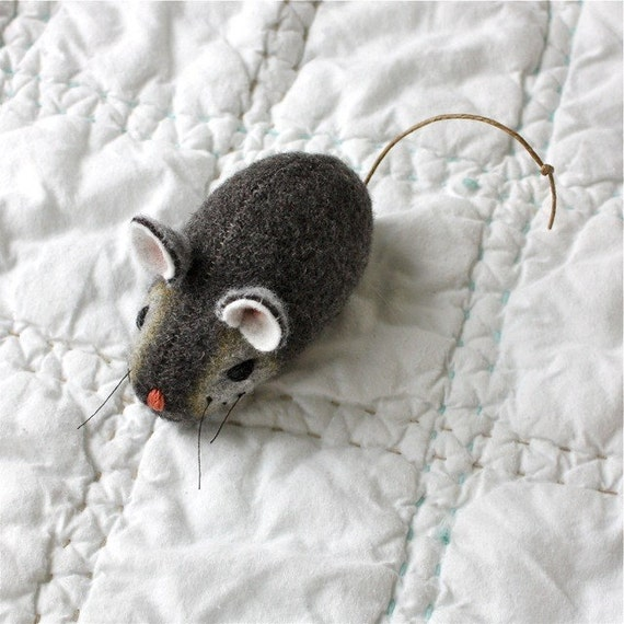 Mouse Plush Wool Folk - Pocket Mouse - Everyday Gray