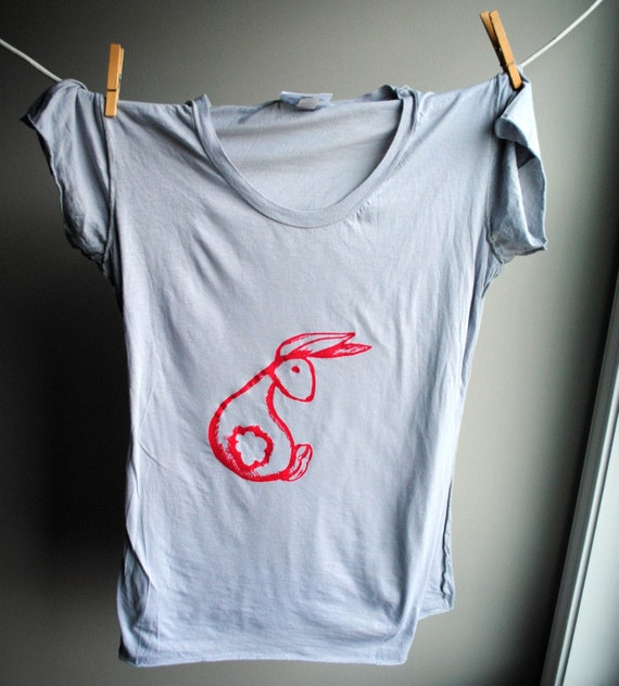 Bunny Rabbit T-Shirt,  Hand Dyed Light Grey with Pinkish Red Screen Print, Womens Extra Large