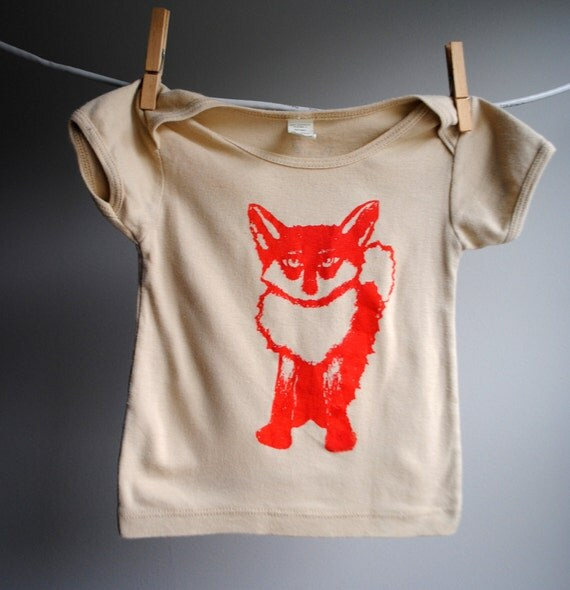 Fox Infant T-Shirt, Organic,  Hand Dyed Khaki with Red Screen print - 6 to 12 months