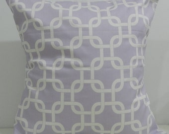 New 18x18 inch Designer Handmade Pillow Cases. Lavender and white link pattern.