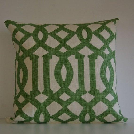Kelly Wearstler Imperial Trellis in Treillage (Kelly Green) 18x18 pillow cover