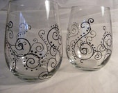 hand painted stemless wedding or bridesmaid wine glasses with scroll paisley design - can order in custom colors