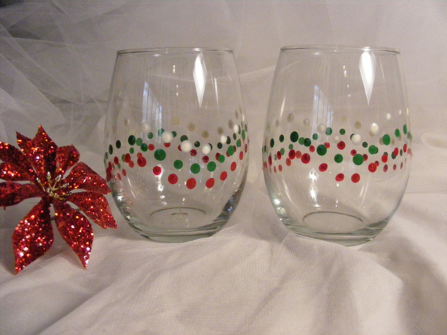 Hand painted christmas wine glasses stemless by for Painted stemless wine glasses