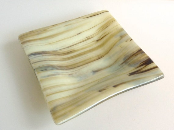 Fused Glass Dish in Streaky French Vanilla and Brown