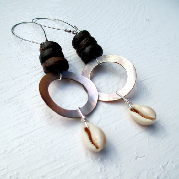 Cowrie Shell And Wood Earrings. Kali-Cunti Bohemian Goddess