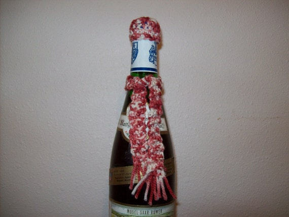 Sale- Peppermint Wine Hat and Scarf