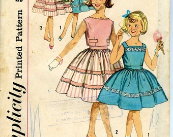 Vintage 50s 60s Dress Pattern Full Skirt Simplicity Sewing 3451 Girls 8