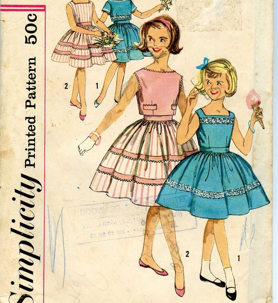 Vintage 50s 60s Dress Pattern Full Skirt Simplicity Sewing 3451 Girls 8