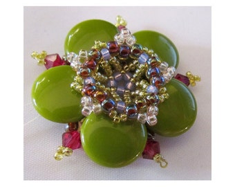 Pea Flower Pendant Pattern PDF Tutorial - Exclusively Pdf Beading Tutorial for personal use only