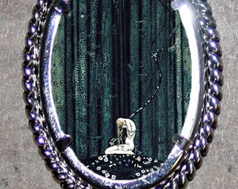 Lost in the Woods Frame Pendant