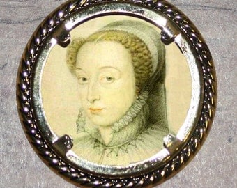 French Queen Catherine de Medici Frame Pendant