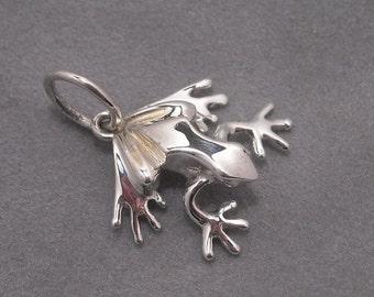 frog pendant - Sterling silver