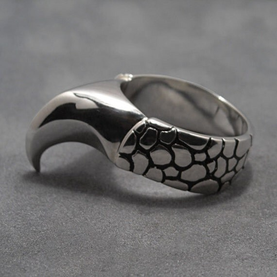 Dragon claw ring - IN STOCK -  Sterling silver