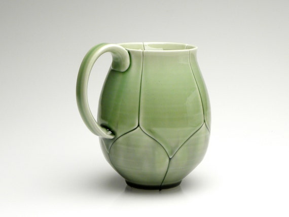 Giant Green Lotus Mug 20 Ounce Emerald Green
