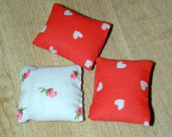 Set of 3 Dollhouse Miniature Pillows Red/White Hearts/Flowers 1/12 Scale