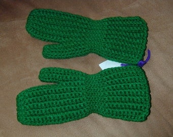 Green Crochet Mittens  Fits  5 to 7   year old