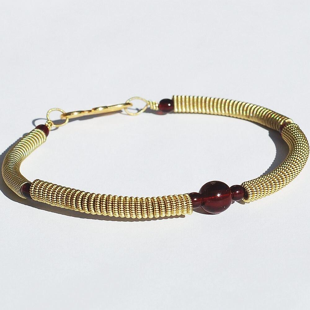 guitar string bracelet garnet red bead brass upcycled. Black Bedroom Furniture Sets. Home Design Ideas
