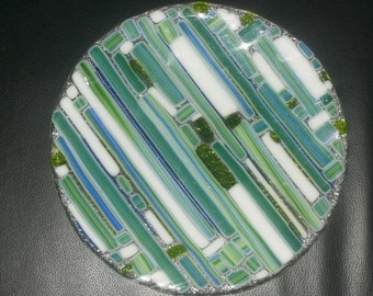 Green stripey plate WHITECAPS - very special  20cm plate white and green art glass