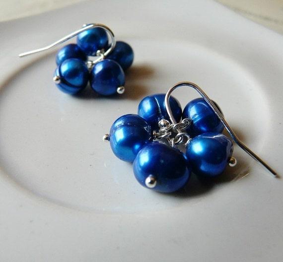 Blueberries - Freshwater pearl earrings