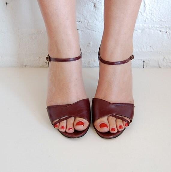 bordeaux leather heels etienne aigner sandals (us 7/eur 37.5)