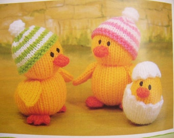 Jean Greenhowe's Knitted Animals EASTER Bunny Chicks Ducks with Bonnets Elephant Dog