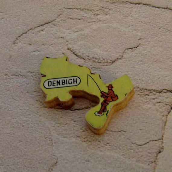 DENBIGH WALES Brooch - Lapel Pin // Yellow // Upcycled 50s UK Wood Puzzle Piece