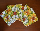 Set of Five Vintage Daisy Print Cloth Napkins