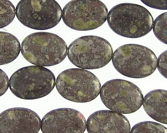 Black Leopardskin Jasper Gemstone Beads 14mm Flat Oval 78645