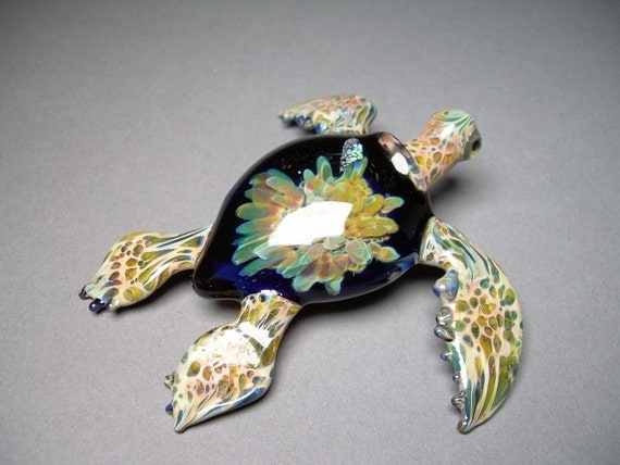 Sea Turtle with under the Ocean Shell