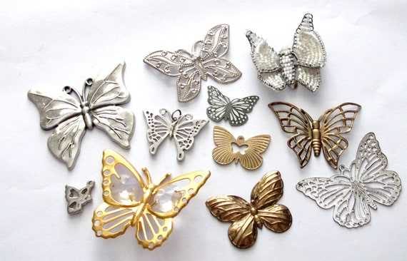 vintage Collection of Gold tone & Silver tone butterfly Pendants / Charms for craft detash