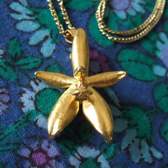 Vintage Orchid Pendant or Brooch Gold Plated