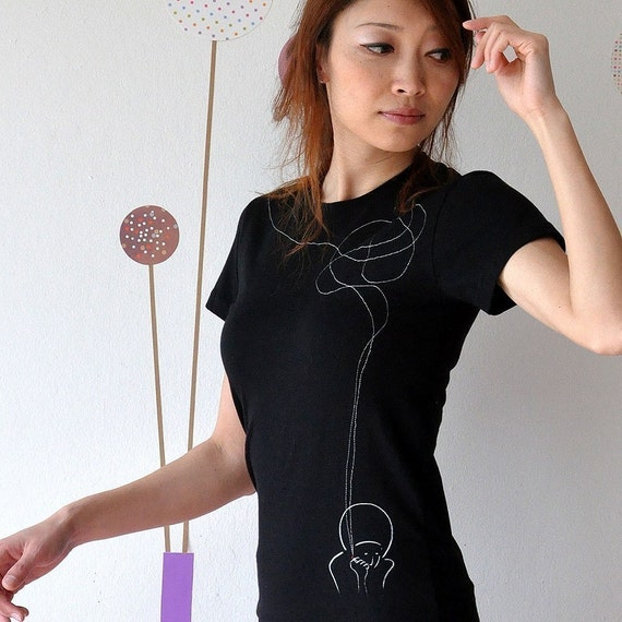 Black short sleeved T-shirt with White original illustration Print and Sewing-Smoking girl-size Large