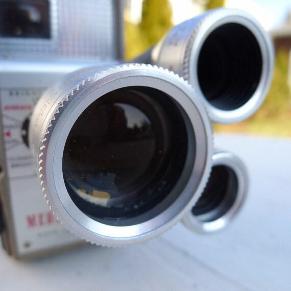 Vintage Movie Camera Kodak Medallion-8 8mm Film Wind Up Turret Lens f/1.9