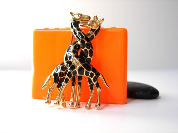 Giraffes in Love Epoxy Pin / Brooch