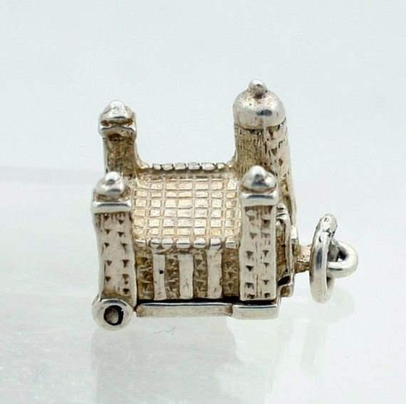 Vintage Sterling Silver Charm Tower of London Opens