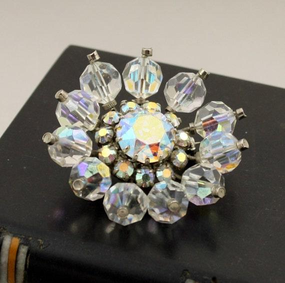 Vintage Aurora Borealis Crystal Bead Flower Brooch