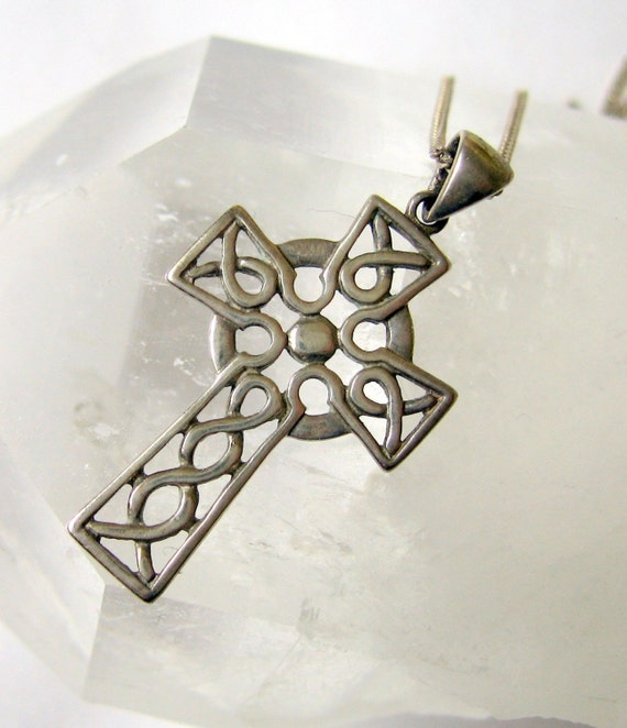 Vintage Soldor Jewelry Ireland Sterling Silver Celtic Cross Pendant Necklace